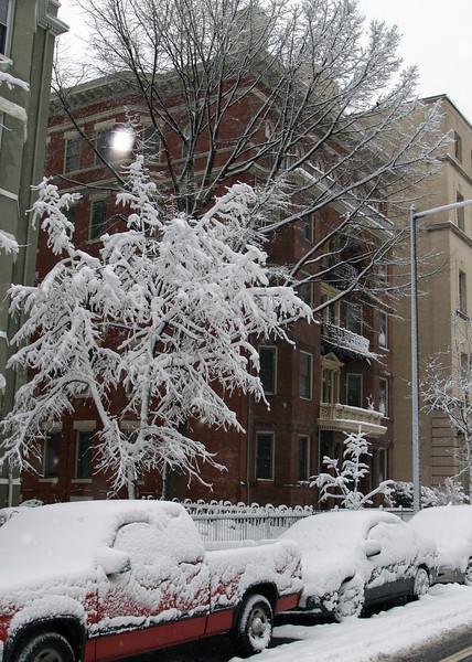 1419 R St NW, Washington, DC, February 11, 2006.