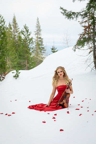 DAISY_ROSE_COBY_2021_SNOW_QUEEN_0090