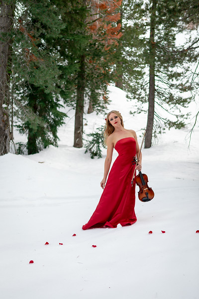 DAISY_ROSE_COBY_2021_SNOW_QUEEN_0045
