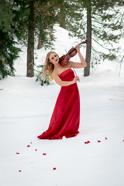 DAISY_ROSE_COBY_2021_SNOW_QUEEN_0051
