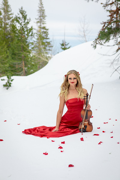 DAISY_ROSE_COBY_2021_SNOW_QUEEN_0087
