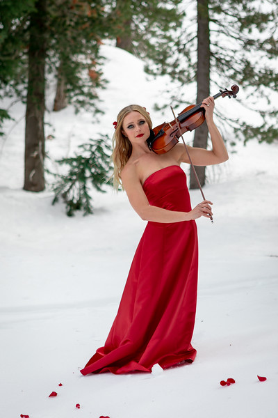 DAISY_ROSE_COBY_2021_SNOW_QUEEN_0057