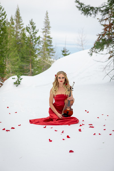 DAISY_ROSE_COBY_2021_SNOW_QUEEN_0077