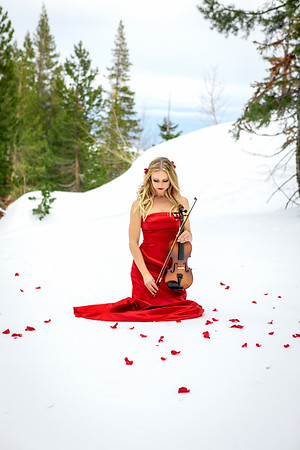 DAISY_ROSE_COBY_2021_SNOW_QUEEN_0078-Edit