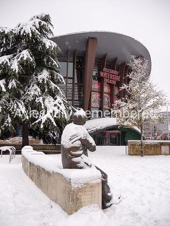 Ronnie Barker statue and Waterside Theatre, Dec 10 2017