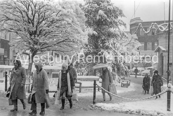 Market Square, Dec 1981