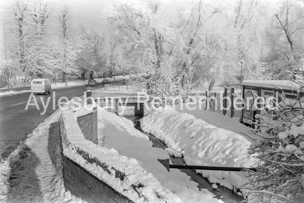 Oxford Road, Dec 1981