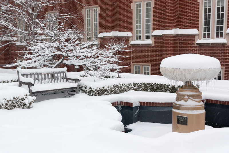 Heavy snow blankets the student union on the University of Oklahoma campus on January 29, 2010.