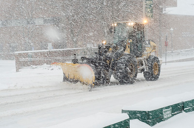 Snow storm hits Central MA