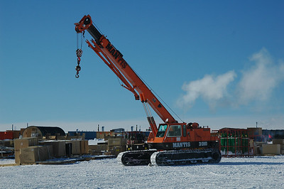SOUTH POLE STATION, ANTARCTICA - equipment: Mantis Crane