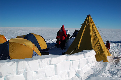 SOUTH POLE, ANTARCTICA: One wall stands complete, the other needs a bit more help.