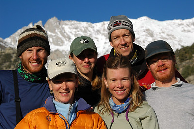 We get a group shot before we hit the trail, and before the support crew of Karen and Stacey hit the road for their 8-hour drive back to Berkeley. (l to r: Cameron Martindell, Karen Righthand, Stacey Lee, Teri Smith, Daniel Emerson, Peter Chapman)