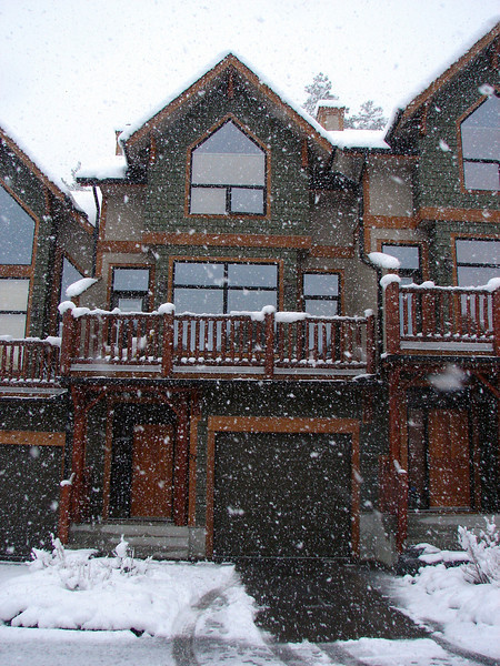 The start of the crazy snowfall - Thursday morning in Canmore