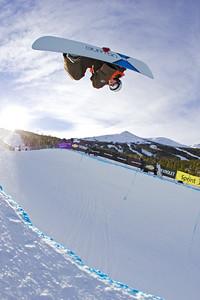 US Snowboarding's Tricia Byrnes in the halfpipe. Breckenridge, Colorado at the Chevrolet US Snowboard Grand Prix. Dec. 2006