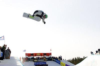 US Snowboarding's Tommy Czeschin in the halfpipe in Breckenridge, Colorado at the Chevrolet US Snowboard Grand Prix. Dec. 2006
