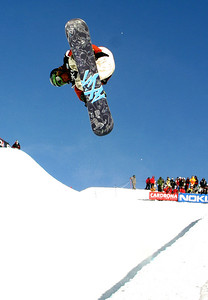 U.S. Snowboarding's Tommy Czeschin soars in the halfpipe in a FIS Snowboarding World Cup Sept. 1 in Cardrona, NZ. (FIS/Oliver Kraus)