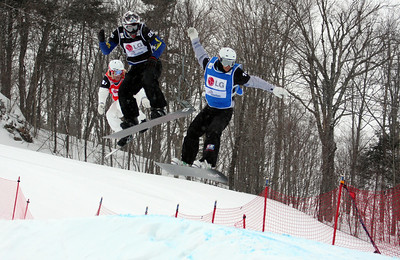 Snowboardcross qualifiers of the 2009 LG Snowboard FIS World Cup  in Stoneham, Canada. Graham Watanabe  Photo © FIS – Oliver Kraus Photo may be used for editorial use only.