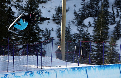 U.S. Snowboarding's Elena Hight competes in the qualification round of the 2009 LG Snowboard FIS World Cup at Cypress Mountain, BC. Images in this gallery may be used for editorial use only and photographer must be credited. Photo © FIS – Oliver Kraus