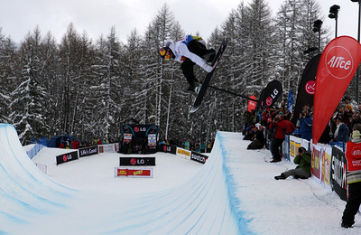 Gregory Bretz competes at the 2009 LG Snowboard FIS World Cup in Bardonecchia, Italy. Images in this gallery may be used only for editorial use and photographer must be credited  Photo © FIS – Oliver Kraus