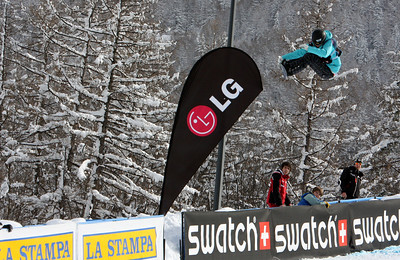 Kelly Clark competes at the 2009 LG Snowboard FIS World Cup in Bardonecchia, Italy. Images in this gallery may be used only for editorial use and photographer must be credited  Photo © FIS – Oliver Kraus