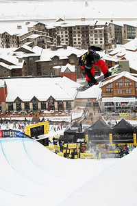 Kelly Clark Photo ©Tom Zikas U.S. Snowboarding Grand Prix  December 12–13, 2008