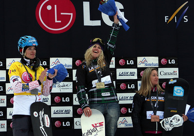 Podium Women, from left to right: 2nd Dominique Maltais (CAN), 1st Lindsey Jacobellis (USA), 3rd Deborah Anthonioz (FRA) 2011 LG Snowboard FIS World Cup Stoneham February 17, 2011 Photo © Oliver Kraus/FIS Image may be used for editorial use only.