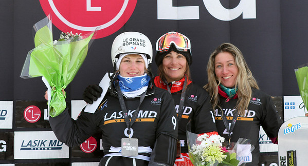 SBX World Cup Stoneham, CAN - Finals - Podium Women - 2nd Nelly Moenne Loccoz (FRA), 1st Maelle Ricker (CAN), 3rd Deborah Anthonioz (FRA) Photo: Oliver Kraus/FIS - photo may be used for editorial use only