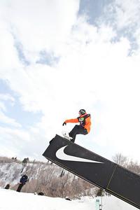 2012 Dew Tour Snowbasin  Snowboard Slopestyle Semi-Final Ian Thorley Photo: Sarah Brunson/U.S. Snowboarding