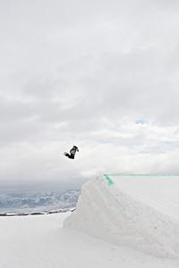 2012 Dew Tour Snowbasin  Snowboard Slopestyle Semi-Final Brandon Reis Photo: Sarah Brunson/U.S. Snowboarding