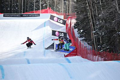Callan Chythlook-Sifsof (blue) 2011 USANA Team Snowboardcross Cup at Telluride  Photo: Sarah Brunson/U.S. Snowboarding