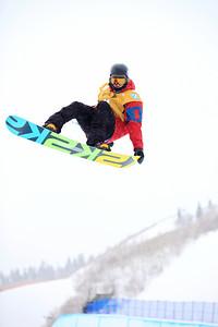 Dolf Van Der Wal Halfpipe qualifications 2013 Sprint U.S. Snowboarding Grand Prix in Park City, Utah Photo: Sarah Brunson/U.S. Snowboarding