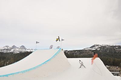 Slopestyle snowboarding finals 2015 Sprint U.S. Snowboarding Grand Prix - Mammoth, CA Photo © Melanie Harding