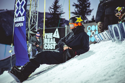 Jake Pates Snowboard Halfpipe X Games Aspen Photo © Ryan Wachendorfer // Editorial use only. For licensing please email: ryan.wachendorfer.vssa@gmail.com