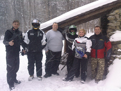 Todd, Vic, Bombo, Lenny, Renee & Gary at Governor Clement Shelter on the Long Trail.