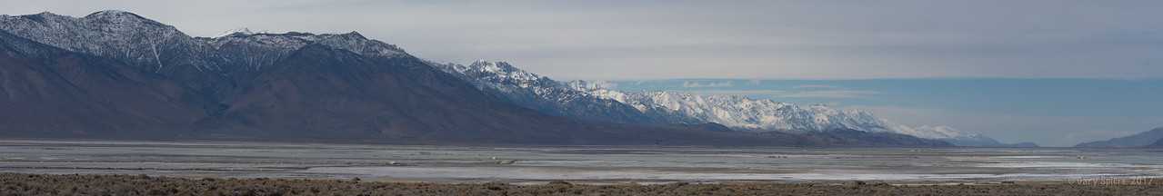 Owen's Valley and the Eastern Sierra's on my way into Death Valley