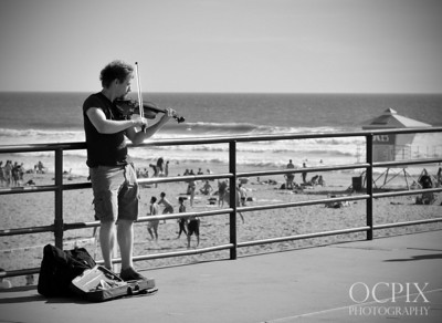 Violinist at the Huntington Beach Pier