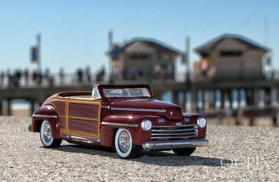 1946 Ford Woody Sportsman toy car