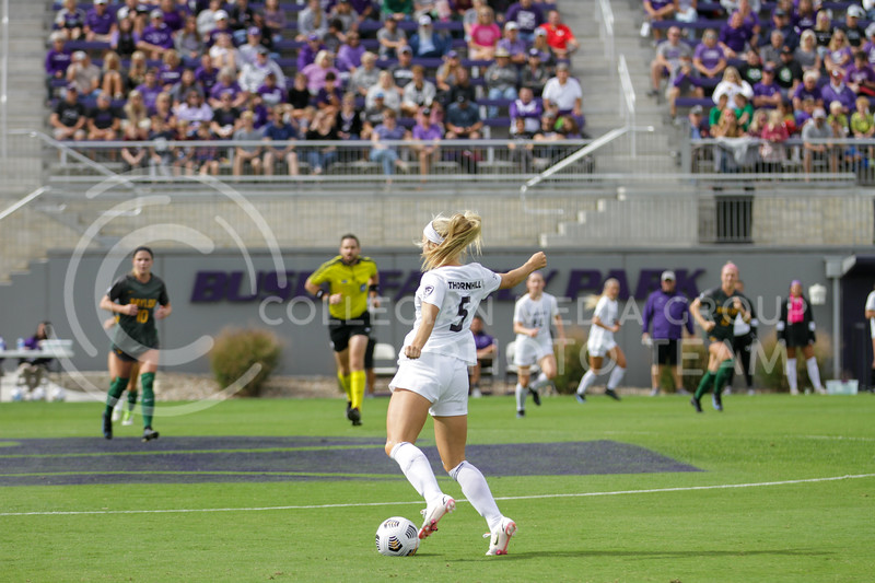 Sophomore Caylee Thornhill prepares to kick the ball during the October 10, 2021 game against Baylor. (Sophie Osborn | Collegian Media Group)