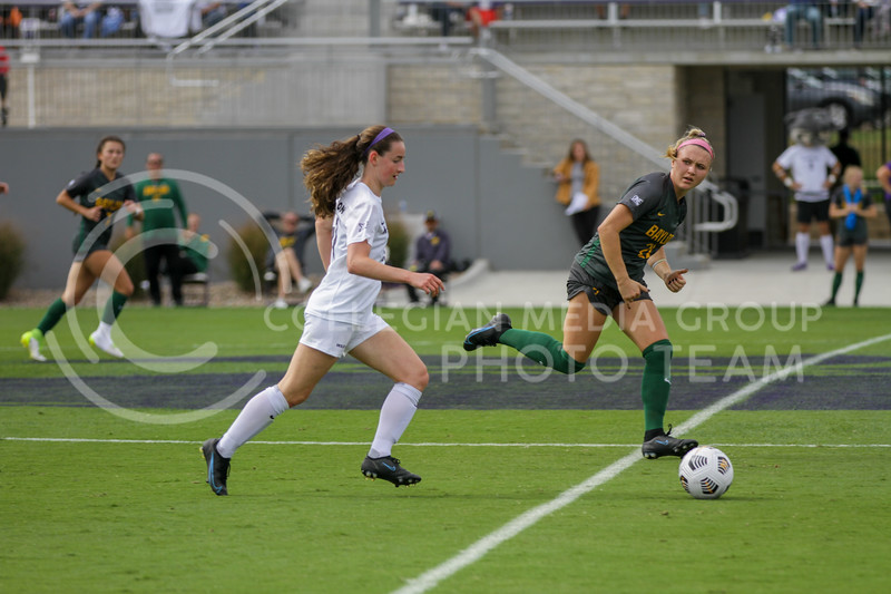 moves the ball down the field during the October 10, 2021 game against Baylor. (Sophie Osborn | Collegian Media Group)