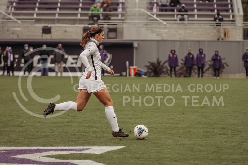 Senior defender Shelby Lierz readies to kick the ball during the game against Texas Christian University on Oct. 25, 2020. (Sophie Osborn | Collegian Media Group)