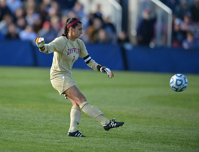 DSC_3869 20121104 Soccer USU vs Denver