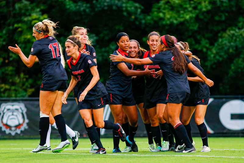 Members of the UGA's soccer team (Photo by David Barnes / Georgia Sports Communication)