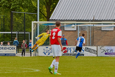 20160516 HVCH 1 - Roosendaal 1  3-1 img 010