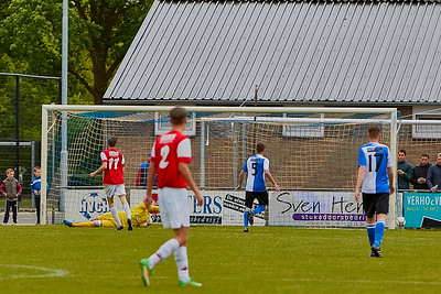 20160516 HVCH 1 - Roosendaal 1  3-1 img 012