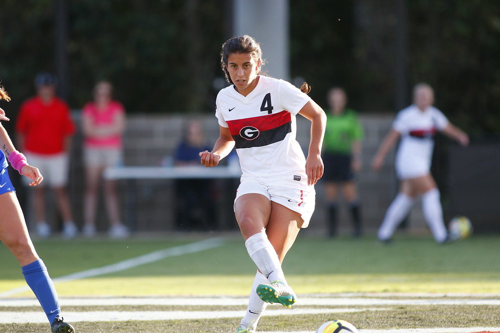 Georgia midfielder Mariel Gutierrez (4) during the Bulldogs' game against University of Florida at the Turner Soccer Complex in Athens, Ga., on Sunday, Oct. 1, 2017. (Photo by Steffenie Burns)