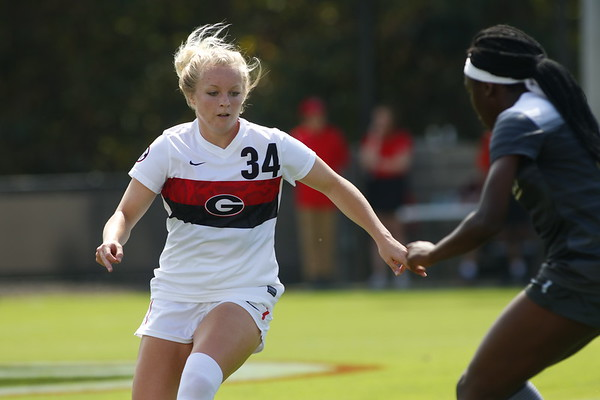 Georgia forward Reagan Glisson (34) during the Bulldogs' game against Vanderbilt at the Turner Soccer Complex in Athens, Ga. on Sunday, Sept. 24, 2017.  (Photo by Steffenie Burns / Georgia Sports Communication)