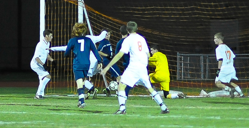 bchs boys var soc v Colonie 2010-10-19-85