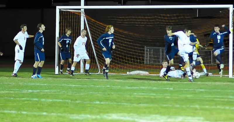 bchs boys var soc v Colonie 2010-10-19-81