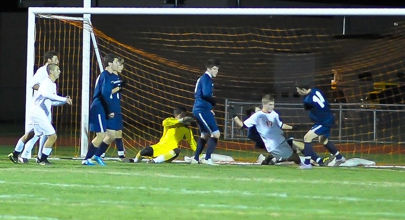 bchs boys var soc v Colonie 2010-10-19-91
