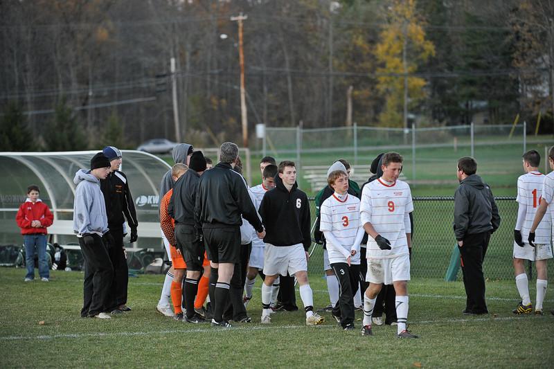 bchs boys var soc final game v shen 2010-11-01-363